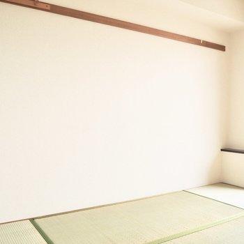 【和室】小さな台には小物やお花を置きたいな