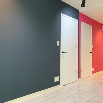 【1階】カラーに合わせて、2つの空間に分けて使うのも良いかもしれません。※写真は前回募集時のものです