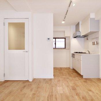 キッチン周りもゆとりがあります。※写真は前回募集時のものです。