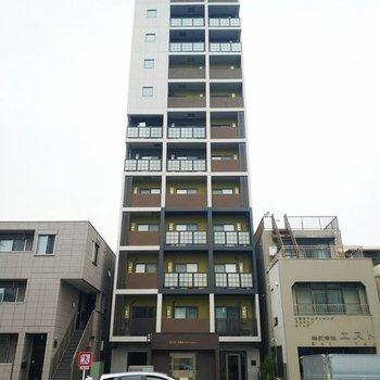 周辺では圧倒的に高い建物で眺望抜群!