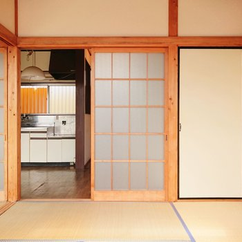 【和室2】こちらも和室。※写真はクリーニング前のものです。