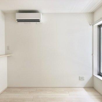 エアコン下にソファを置こうかな※写真は2階同間取り別部屋のものです