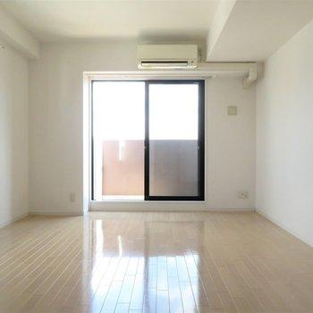 家具の配置もしやすそう(※写真は14階の同間取り別部屋のものです)