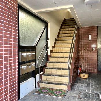 階段は屋内にあるので、濡れる心配はありません