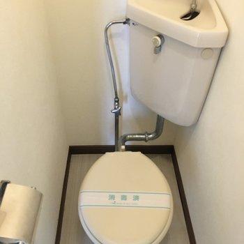 トイレは清潔感がありますね。