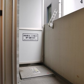広さはまずます!。※写真は402号室のもの