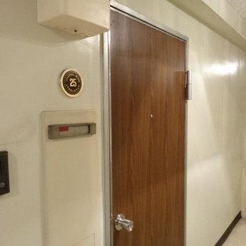 部屋番号がバッジみたいでかわいい!