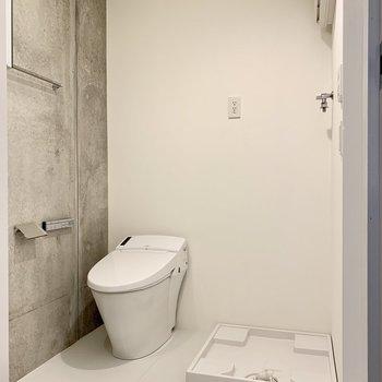 トイレと洗濯機置き場はセットになります。