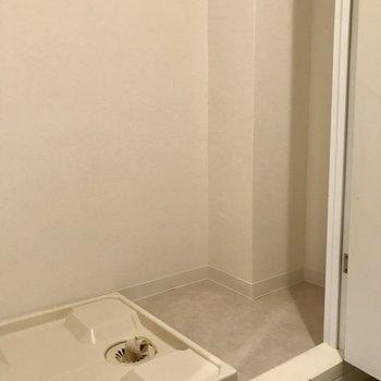 扉で隠せます※写真は1階の反転間取り別部屋のものです