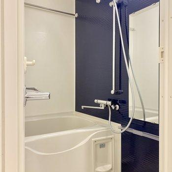 浴室乾燥もできますよ※写真は7階の同間取り別部屋のものです