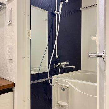 浴室乾燥もできます※写真は7階の同間取り別部屋のものです