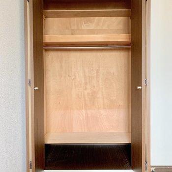 【洋室5.3帖】各部屋に収納があるのは嬉しいですね