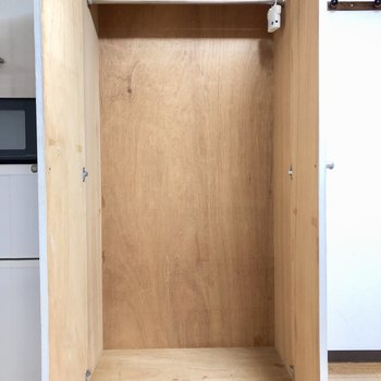 収納スペースはコンパクトに。
