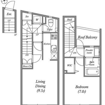 玄関から居室へは階段で移動します。