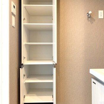 バスタオルなどを置くことができますね。※写真は11階の同間取り別部屋のものです