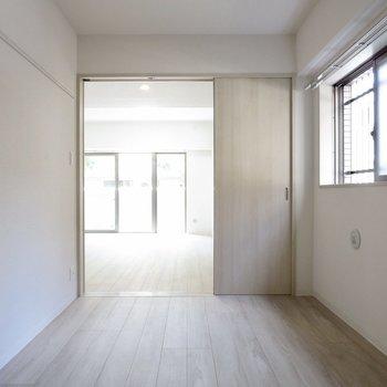 【洋室】一人暮らしなら開けておいてもいいかも