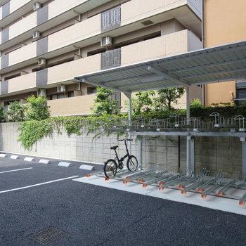 駐輪場・駐車場もありますよ〜!