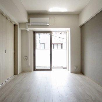 【LDK】日当たりもいい感じ◎※写真は3階の同間取り別部屋のものです