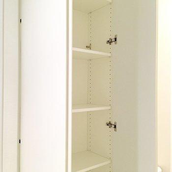 収納は2箇所。こちらと、※写真は4階の同間取り別部屋のものです