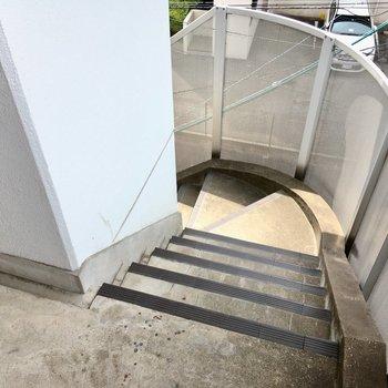 4階まで階段でさくっとね。