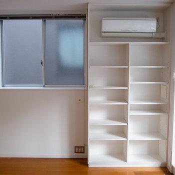 ちょっと優秀な棚たち。※写真は3階の同間取り別部屋のものです