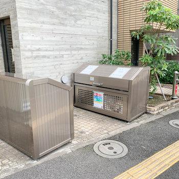 マンション内にゴミ捨て場も。