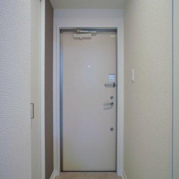 玄関部分も問題なし※写真は同タイプの別室。