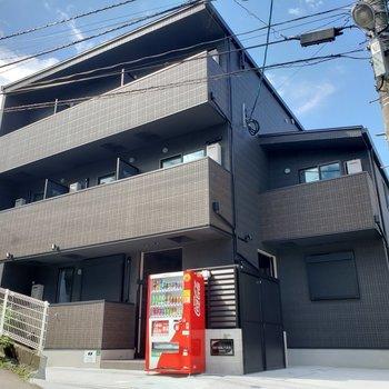 3F建てのアパートです