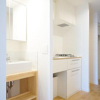 洗面台も造作で作っていきます※写真は同間取り、別部屋の写真です