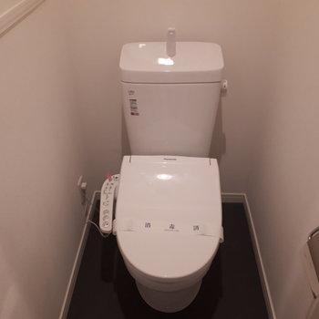 【903号室の写真】ウォシュレット付きのトイレです!※写真は前回募集時