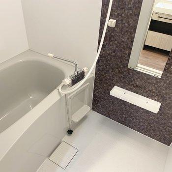 浴室乾燥機付きなので雨の日も気にせずお洗濯!(※写真は4階の同間取り別部屋のものです)
