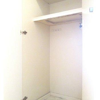 洗濯機置場は扉で隠すことも◯※写真は3階の同間取り別部屋、清掃前のものです