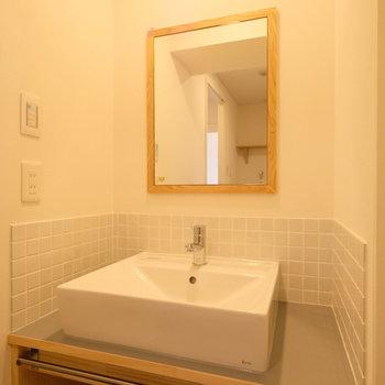 【イメージ】脱衣所にはサイズぴったりの造作洗面台が!