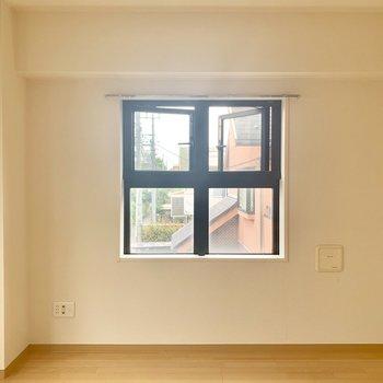 格子窓が可愛いなぁ