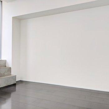 【LDK】真っ白な壁になにか飾りたいな