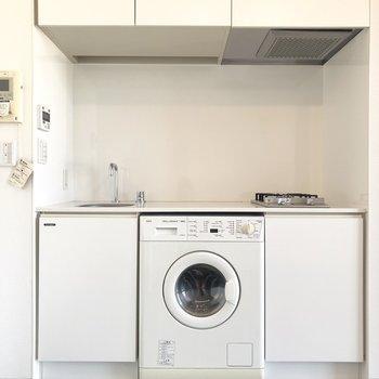 キッチンには、洗濯機が付いていましたよ。