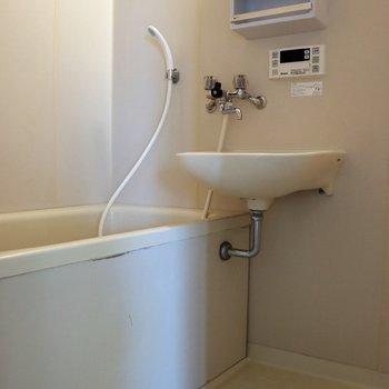 洗い場の広い2点ユニットバス