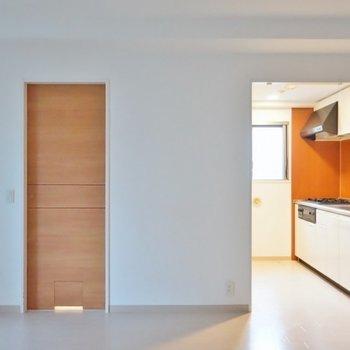独立タイプのキッチンスペース。※写真は、同タイプの別部屋