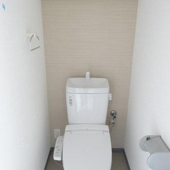 トイレでした。(※写真は10階の同間取り別部屋のものです)