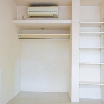 【下階】もう一か所収納スペースが!