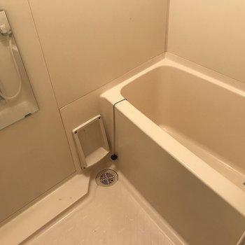 お風呂場はこんな感じ