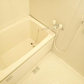 浴室乾燥機あります。