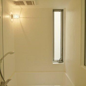 スケルトンのバスルーム!※写真は別室です。