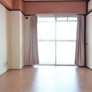 【洋室①】6帖の洋室があります