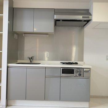 キッチン&収納、そして冷蔵庫置場