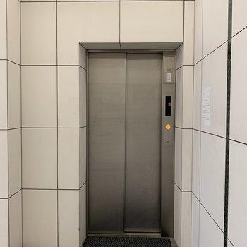 もちろんエレベーターあります