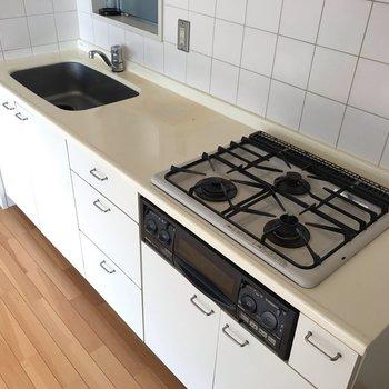 【LDK】調理スペースもあってとても料理しやすそうです