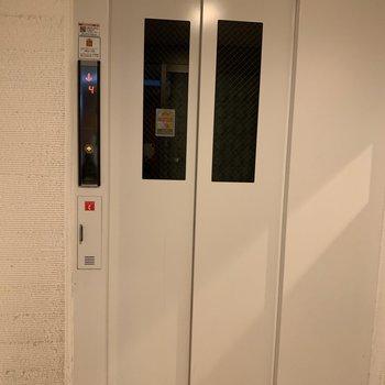 もちろんエレベーター付き