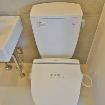 洗面横に!※写真は同タイプの別室。