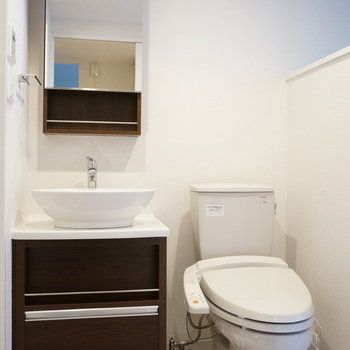 洗面台ボウルが可愛い印象(※写真は5階の同間取り別部屋のものです)